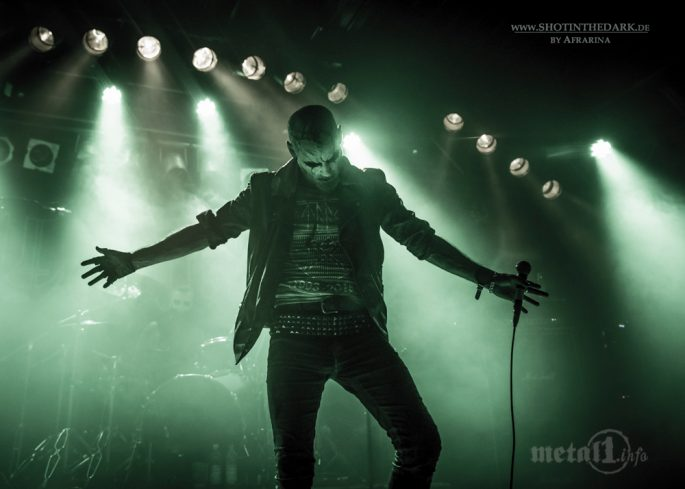 Cover - Taake w/ Bölzer, One Tail, One Head, Slegest