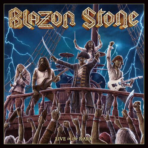 """Das Cover von """"Live In The Dark"""" von Blazon Stone"""