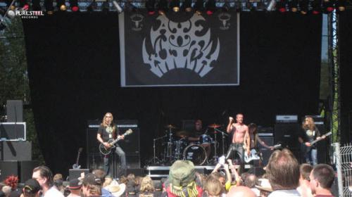 Ein Live-Foto der Band Axewitch