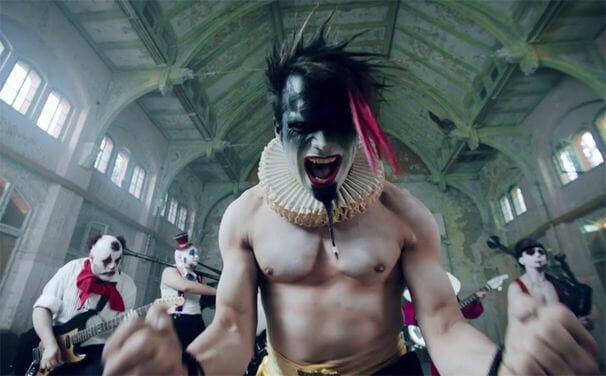 Saltatio-Mortis-Clowns-Video